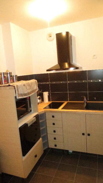 Appartement à louer 2 38m2 à Fontenay-le-Fleury vignette-4