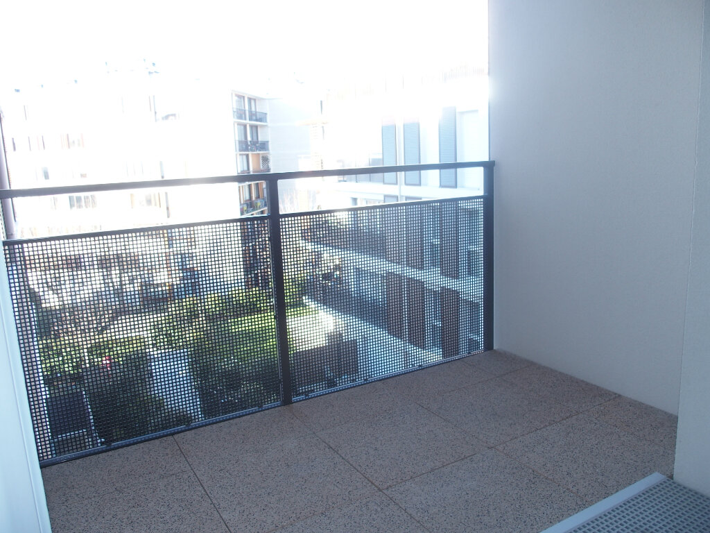 Appartement à louer 2 40m2 à Fontenay-le-Fleury vignette-4