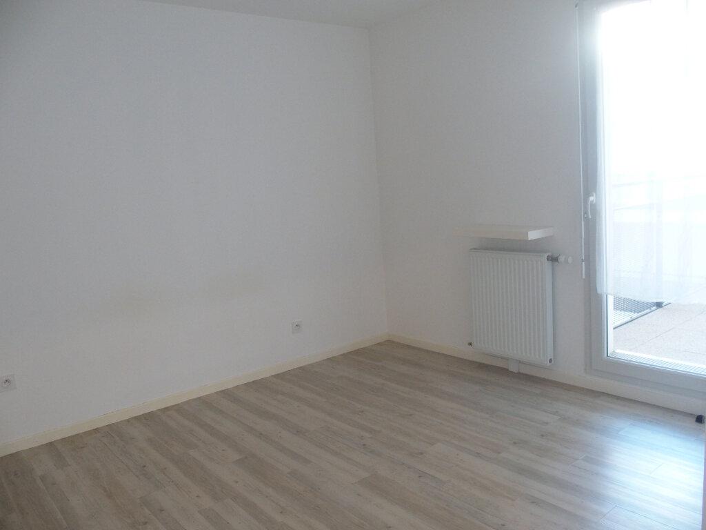 Appartement à louer 2 40m2 à Fontenay-le-Fleury vignette-5