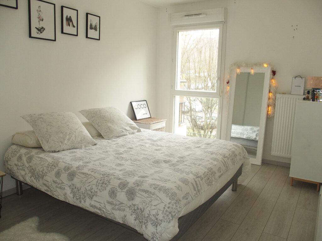 Appartement à louer 3 60m2 à Fontenay-le-Fleury vignette-6