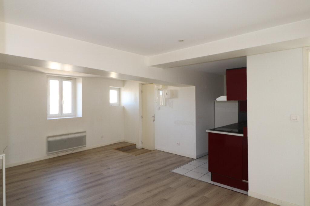 Appartement à louer 2 39.06m2 à Coulommiers vignette-1