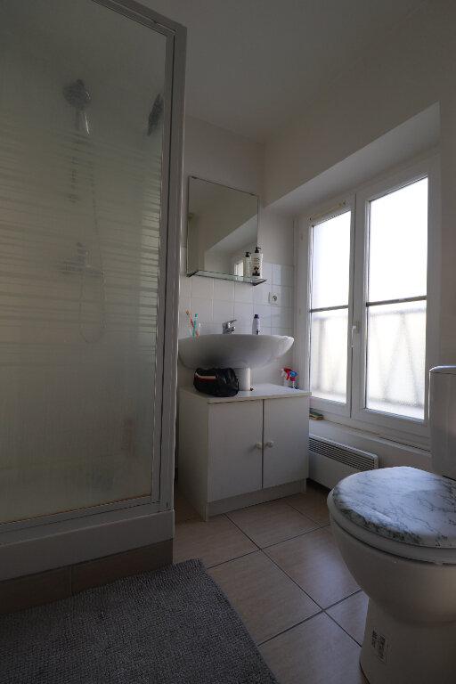 Appartement à louer 2 33m2 à Coulommiers vignette-4