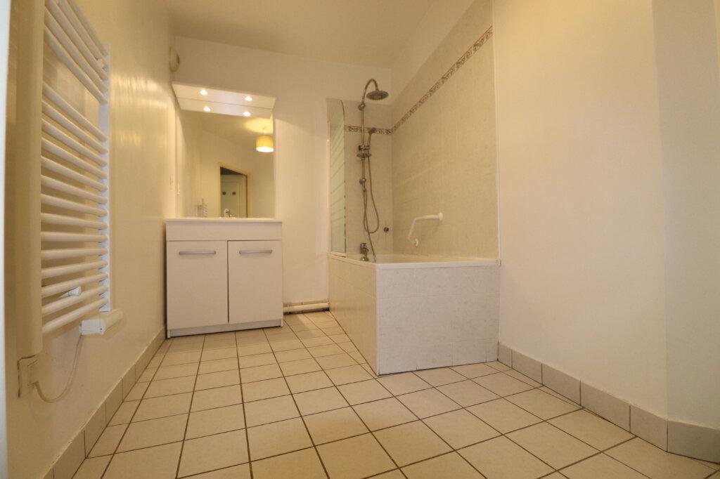 Appartement à louer 3 68.84m2 à Coulommiers vignette-4