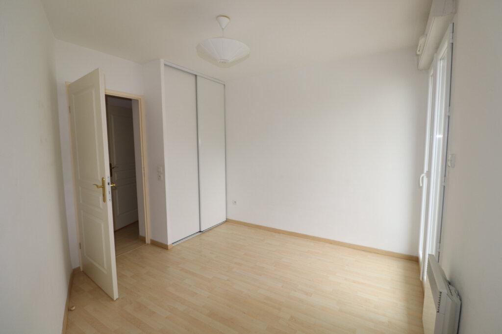 Appartement à louer 3 68.84m2 à Coulommiers vignette-6