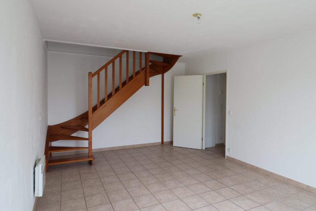 Appartement à louer 3 56.4m2 à Coulommiers vignette-1