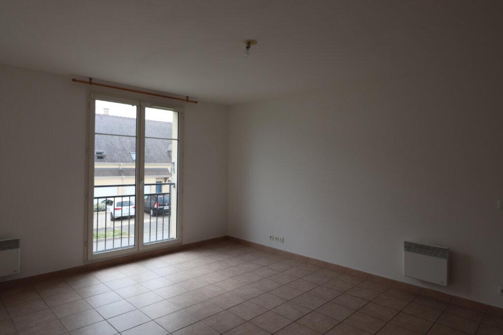 Appartement à louer 3 56.4m2 à Coulommiers vignette-2