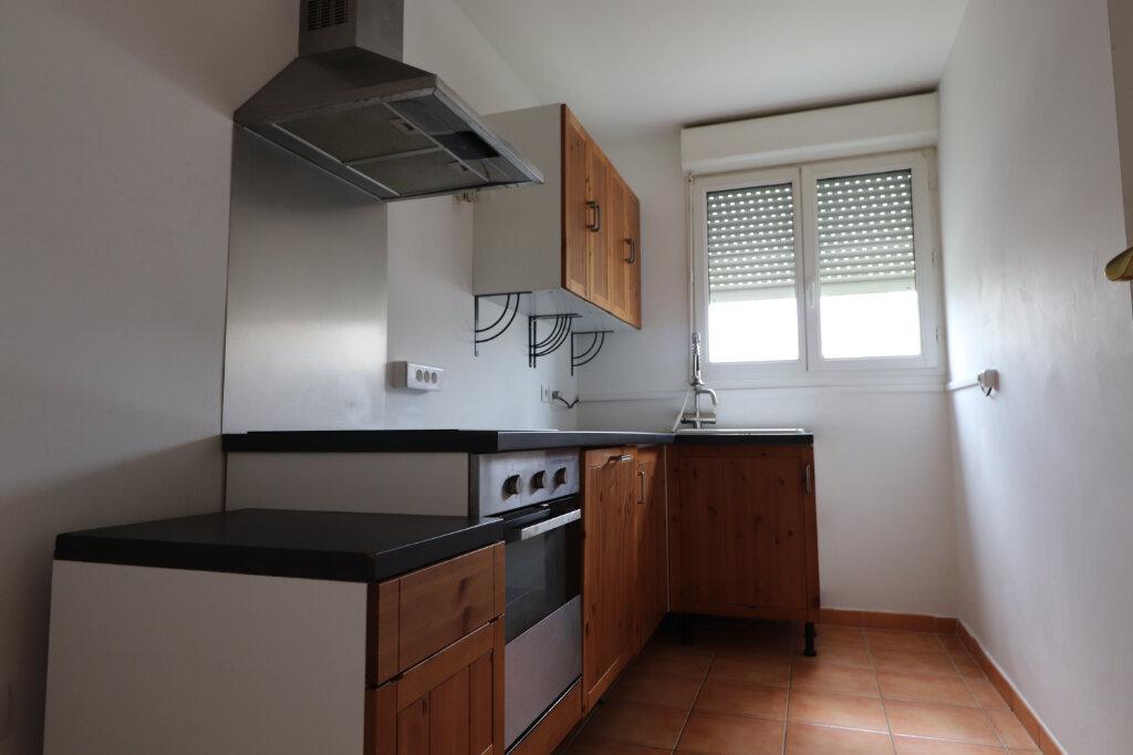 Appartement à louer 3 56.4m2 à Coulommiers vignette-3