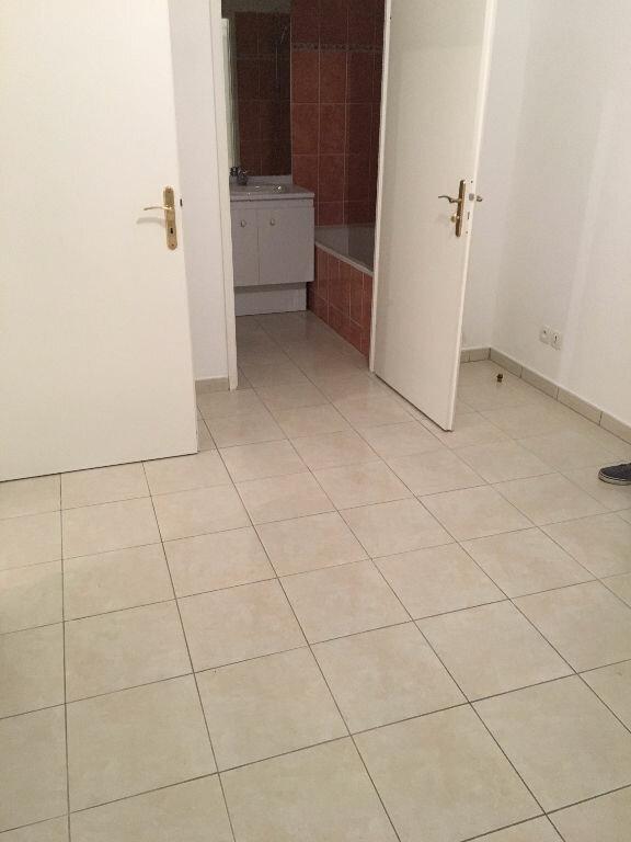 Appartement à louer 2 39m2 à Coulommiers vignette-3