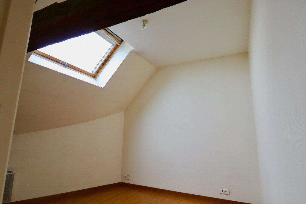 Appartement à vendre 5 105m2 à Coulommiers vignette-9