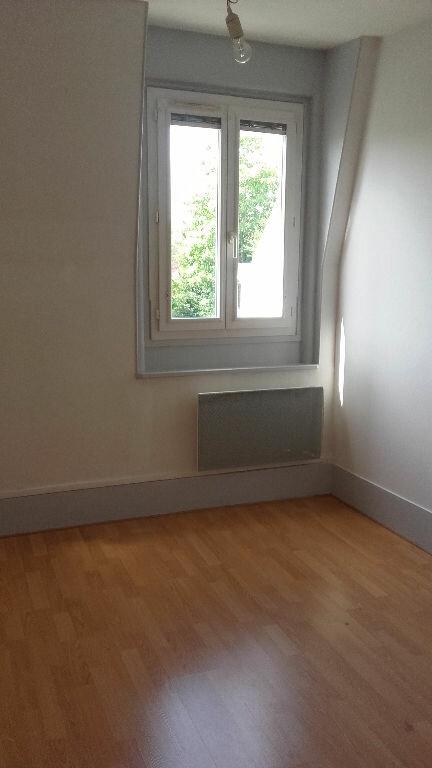 Appartement à louer 2 49m2 à Coulommiers vignette-3