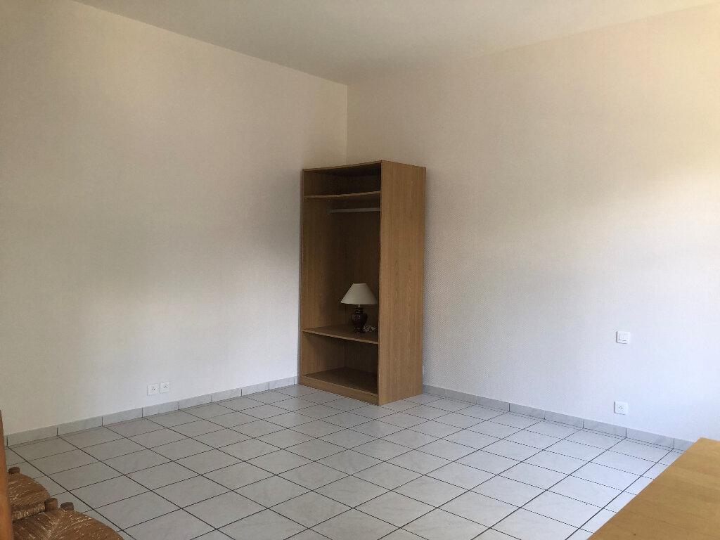 Appartement à louer 1 25m2 à Faremoutiers vignette-1