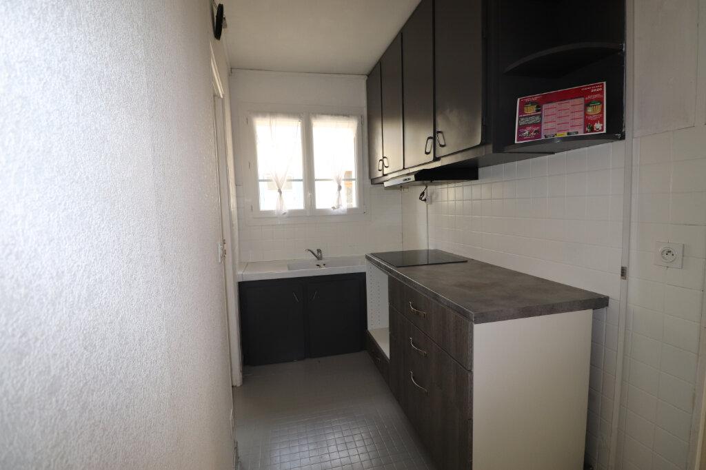 Appartement à louer 3 53m2 à Choisy-en-Brie vignette-4