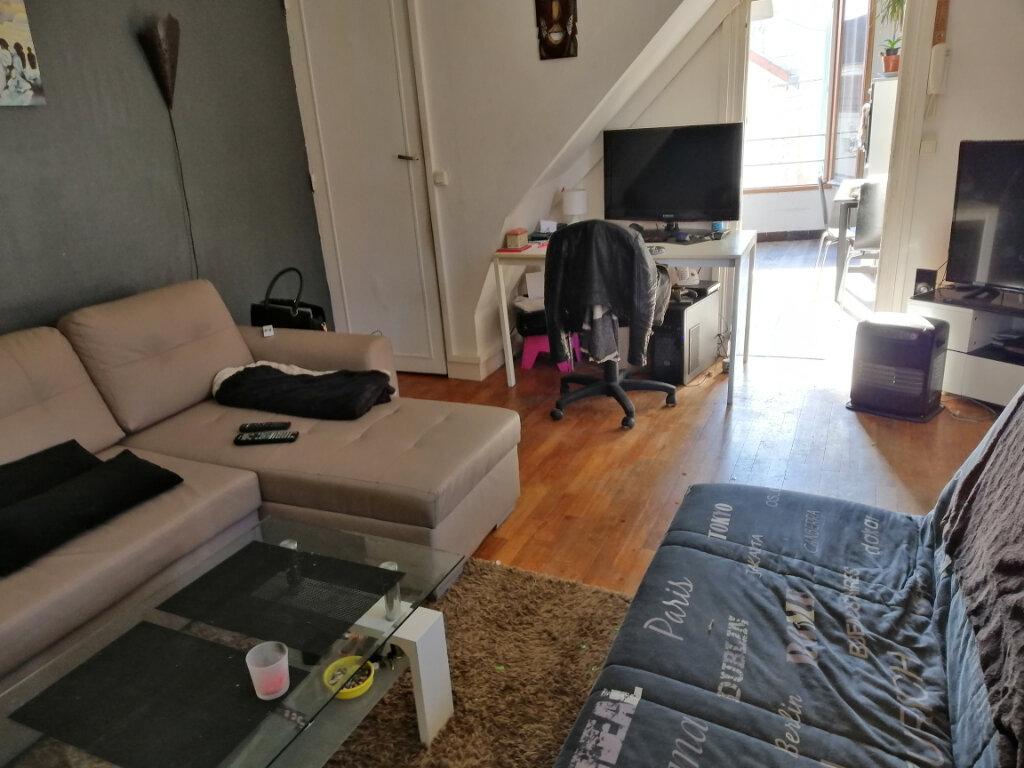 Appartement à louer 2 48.5m2 à La Ferté-Gaucher vignette-2