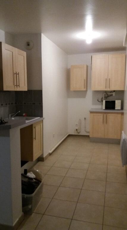 Appartement à louer 1 39.4m2 à Coulommiers vignette-1