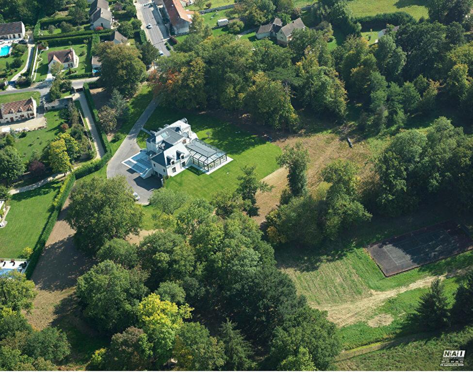Maison à vendre 7 462.94m2 à La Haute-Maison vignette-1