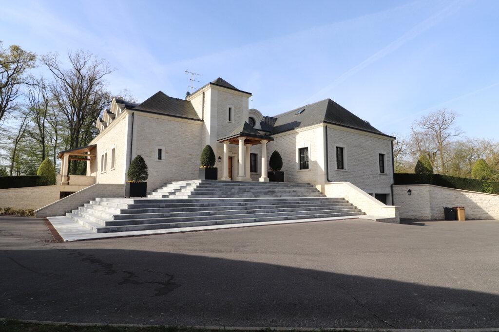 Maison à vendre 7 462.94m2 à La Haute-Maison vignette-2