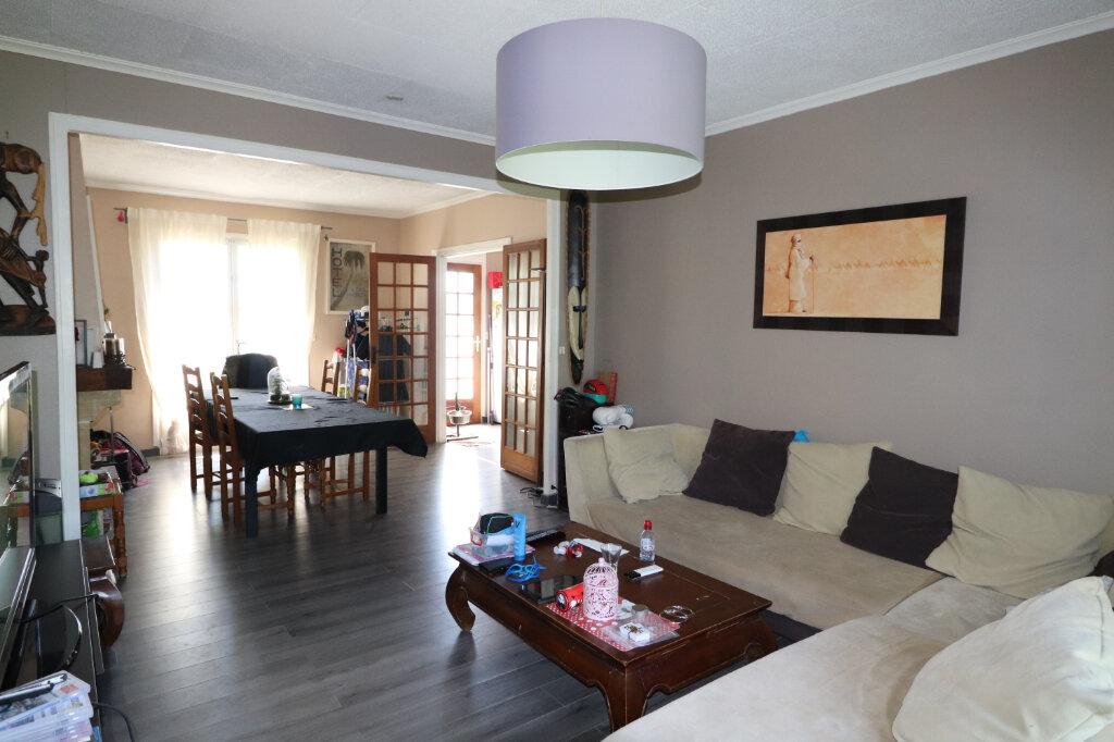 Maison à vendre 4 118.12m2 à Coulommiers vignette-3
