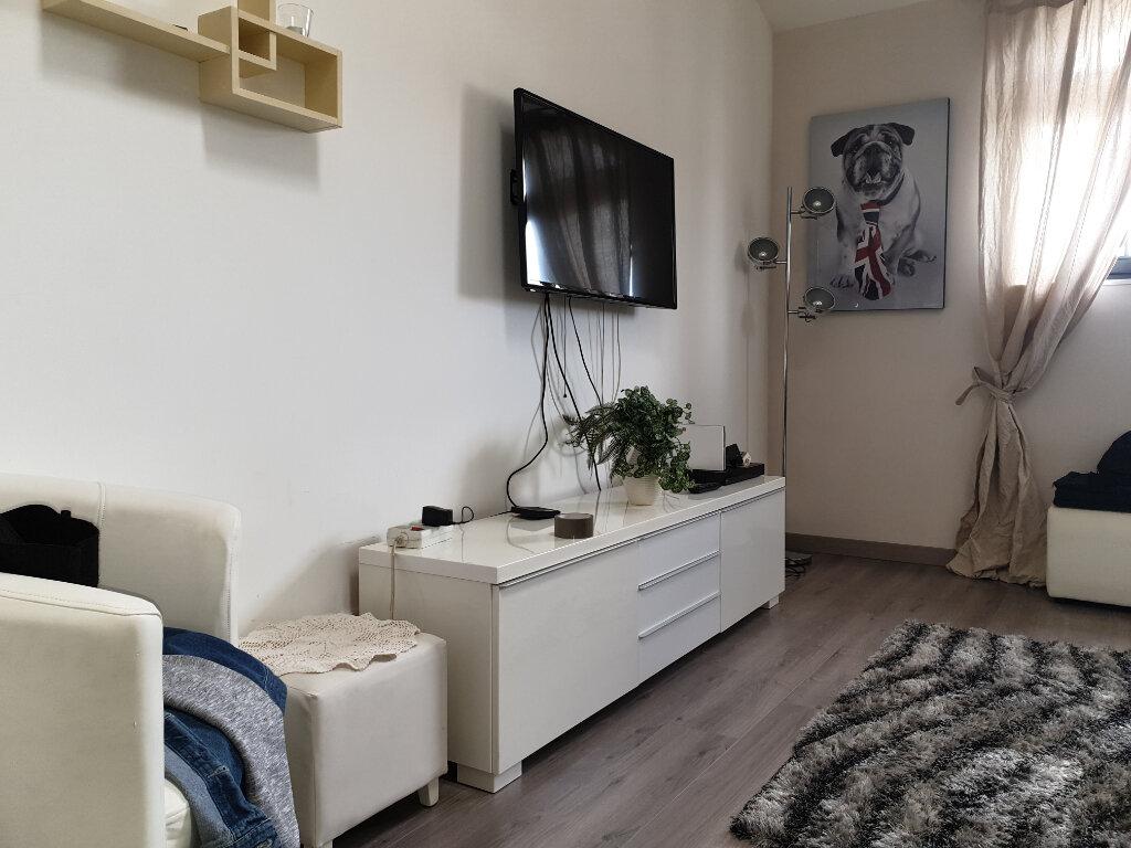Appartement à louer 3 57.2m2 à Coulommiers vignette-2