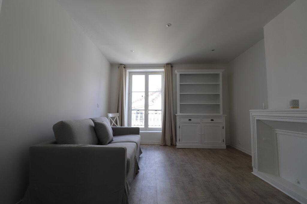 Appartement à louer 3 65.7m2 à Coulommiers vignette-1