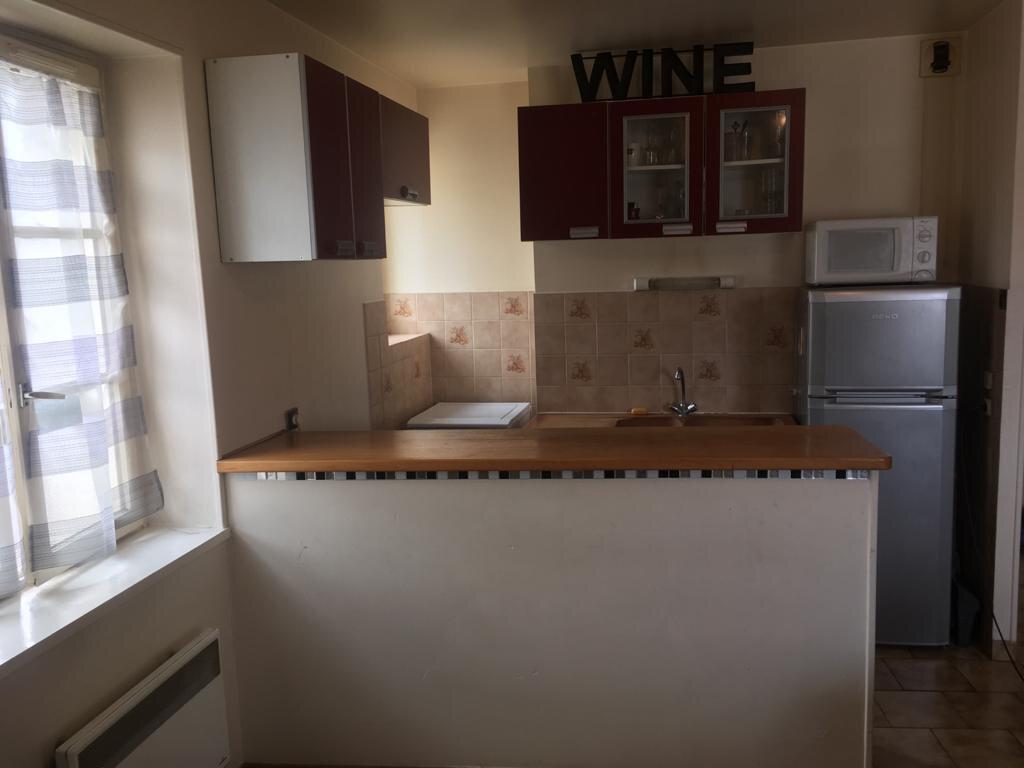 Appartement à louer 2 32m2 à Coulommiers vignette-2