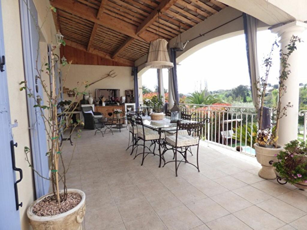 Maison à vendre 5 110.16m2 à Saint-Paul-de-Vence vignette-2