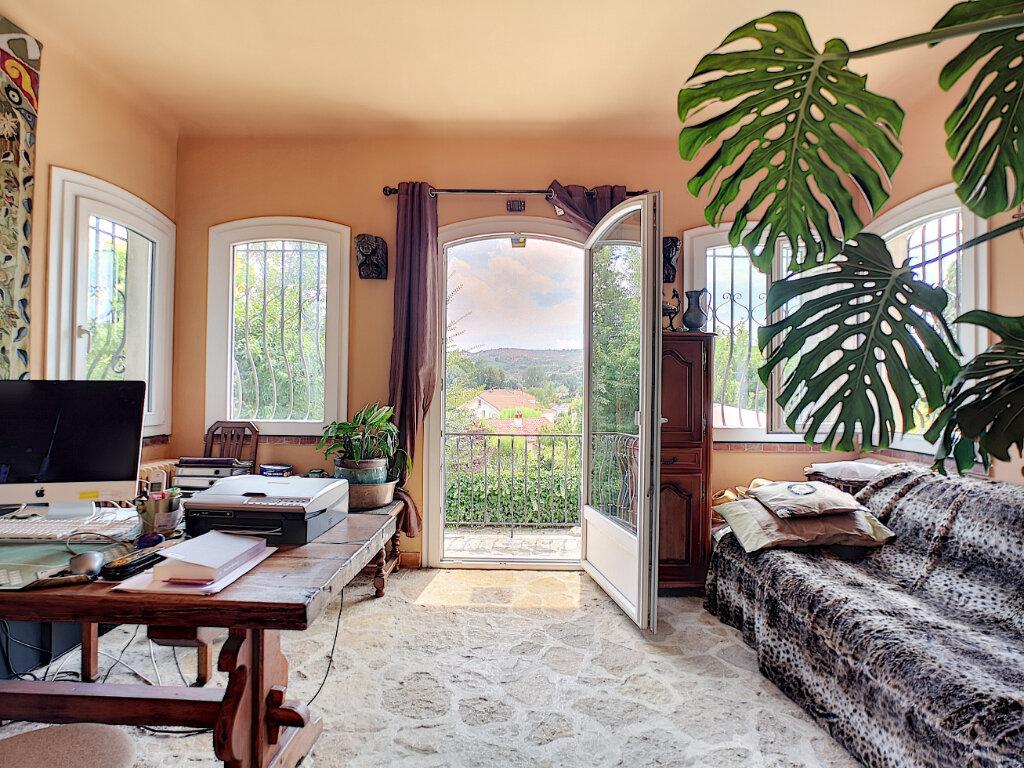 Maison à vendre 7 245m2 à Villeneuve-Loubet vignette-2