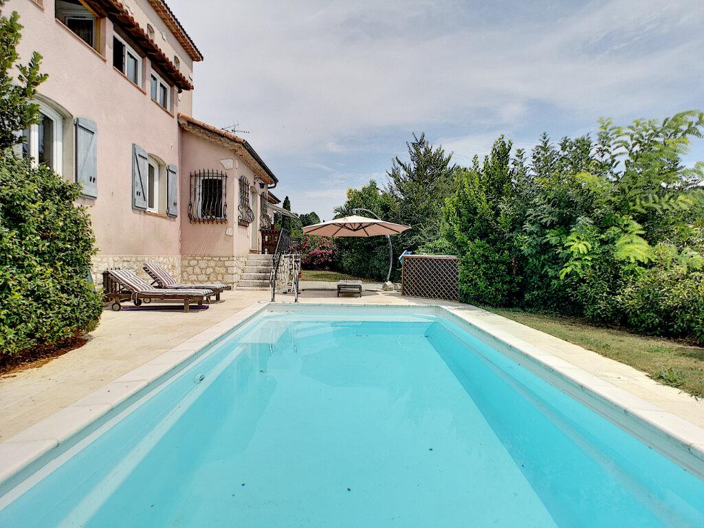 Maison à vendre 7 245m2 à Villeneuve-Loubet vignette-5