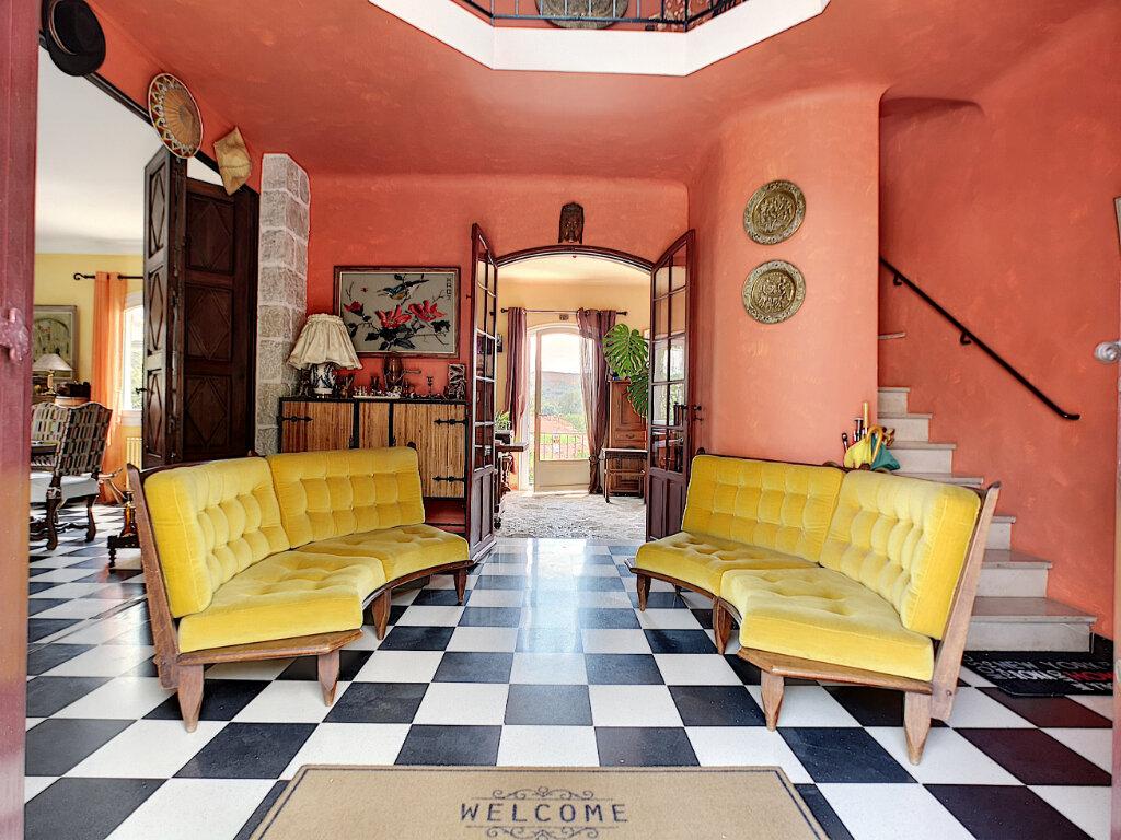 Maison à vendre 7 245m2 à Villeneuve-Loubet vignette-6