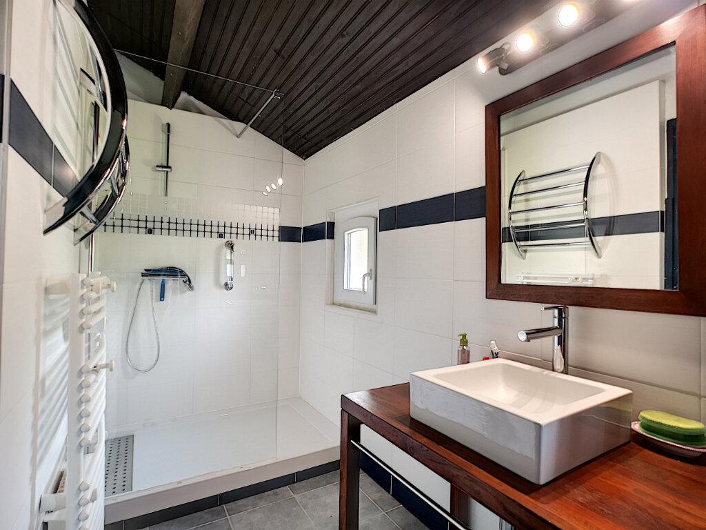 Maison à vendre 7 245m2 à Villeneuve-Loubet vignette-7