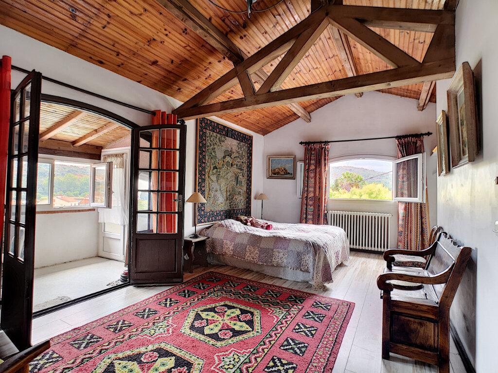 Maison à vendre 7 245m2 à Villeneuve-Loubet vignette-10