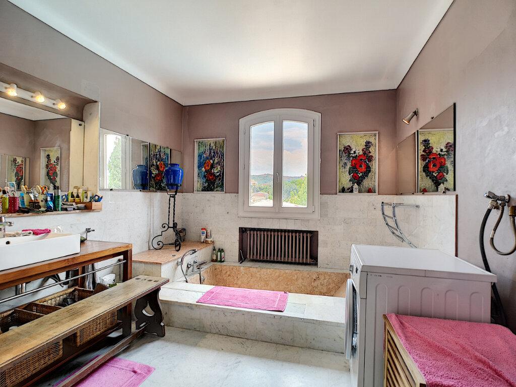 Maison à vendre 7 245m2 à Villeneuve-Loubet vignette-11