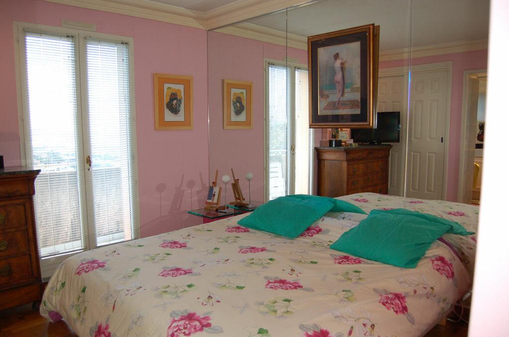 Appartement à vendre 4 106.85m2 à Villeneuve-Loubet vignette-10