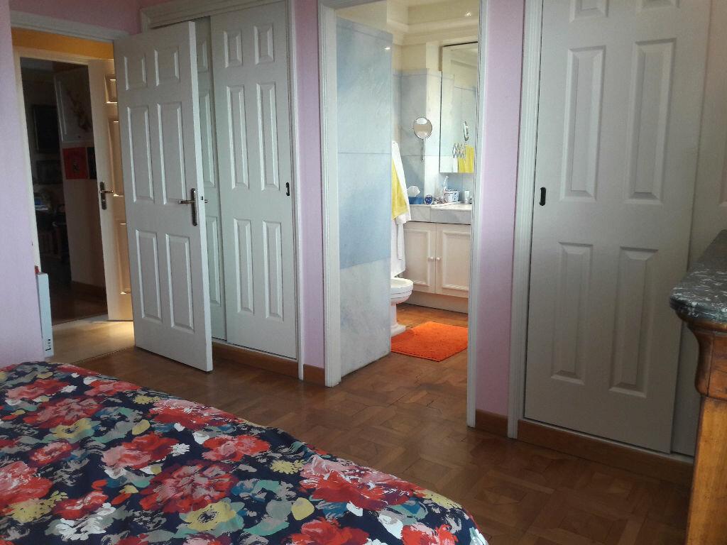 Appartement à vendre 4 106.85m2 à Villeneuve-Loubet vignette-11