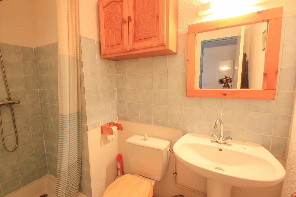 Appartement à vendre 1 25m2 à Villeneuve-Loubet vignette-5