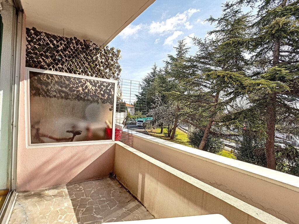 Appartement à vendre 2 25m2 à Villeneuve-Loubet vignette-4