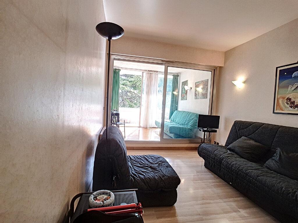 Appartement à vendre 2 25m2 à Villeneuve-Loubet vignette-5