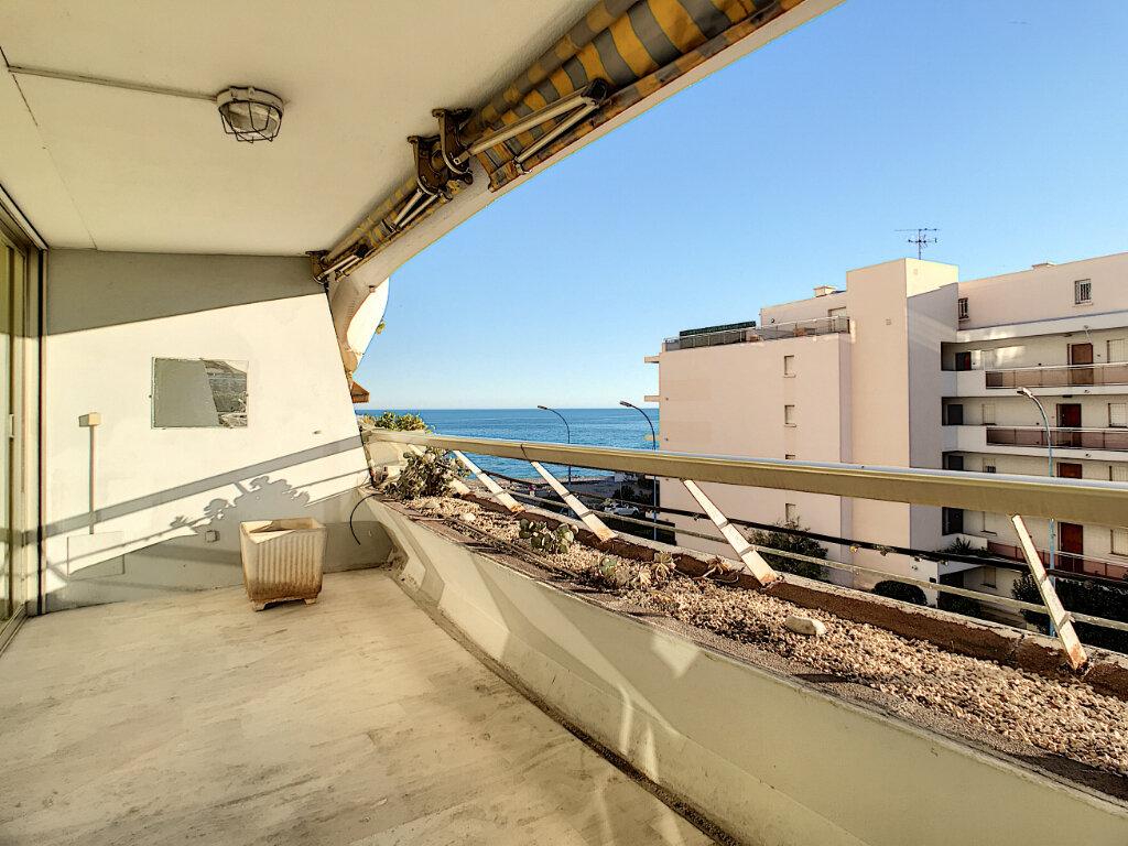 Appartement à vendre 4 109.66m2 à Villeneuve-Loubet vignette-7