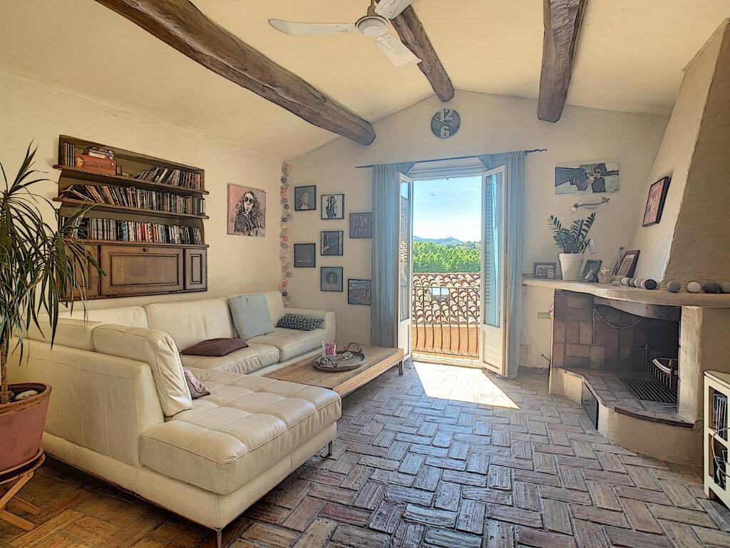 Maison à vendre 8 178m2 à Villeneuve-Loubet vignette-3