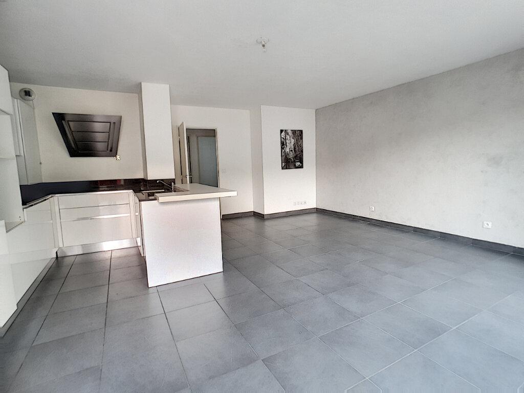 Appartement à vendre 3 66.29m2 à Villeneuve-Loubet vignette-3