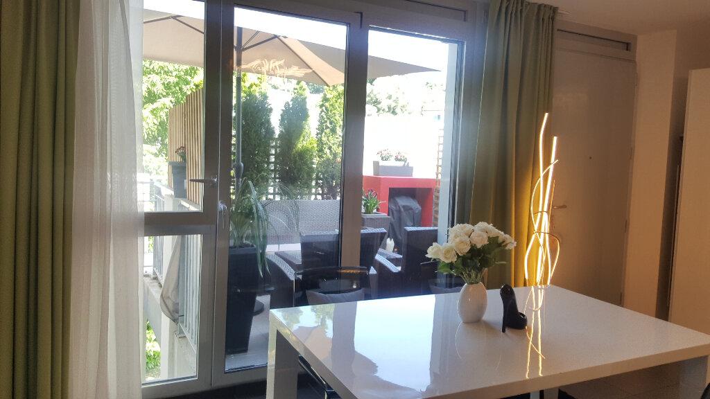 Appartement à vendre 3 66.29m2 à Villeneuve-Loubet vignette-5