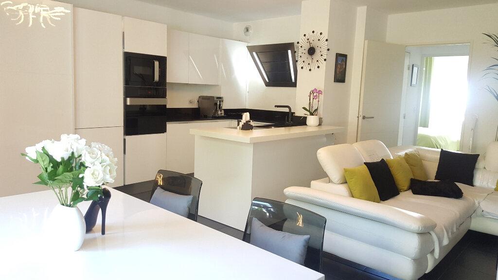 Appartement à vendre 3 66.29m2 à Villeneuve-Loubet vignette-8