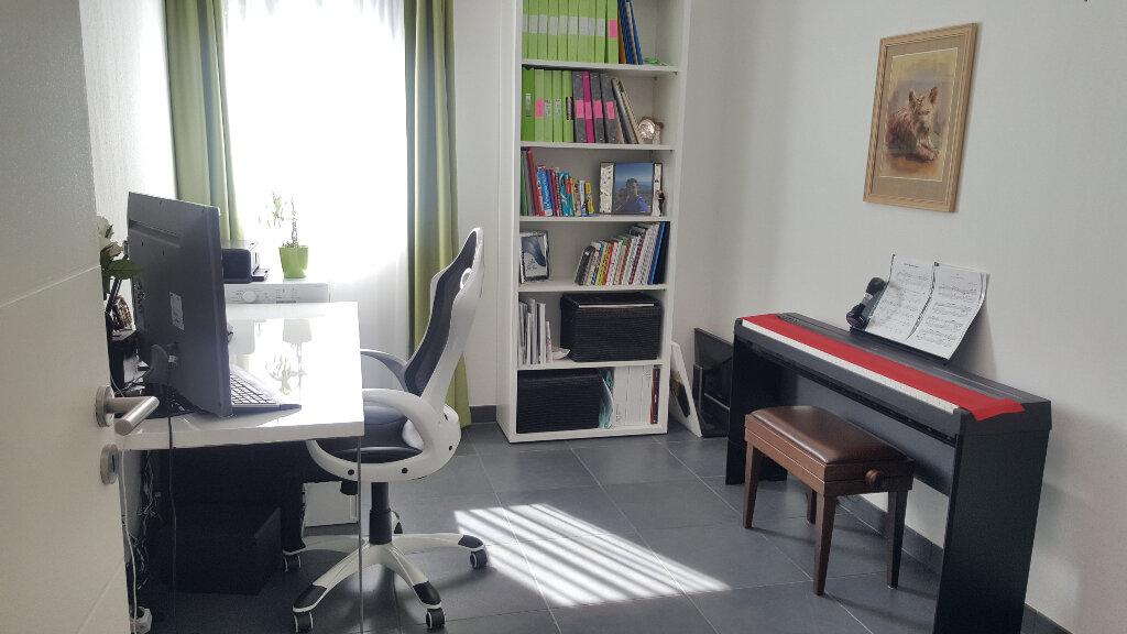 Appartement à vendre 3 66.29m2 à Villeneuve-Loubet vignette-10