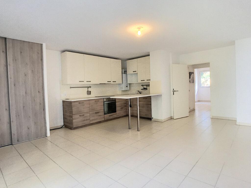 Appartement à vendre 3 66m2 à Villeneuve-Loubet vignette-2