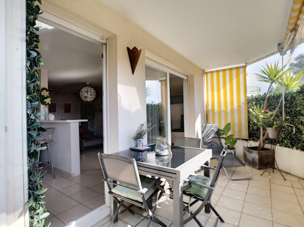 Appartement à vendre 2 45.4m2 à Villeneuve-Loubet vignette-1