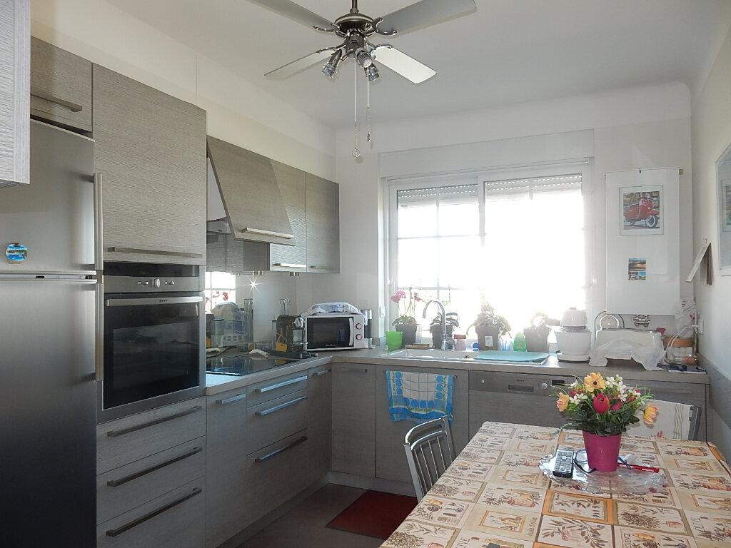 Appartement à louer 6 104m2 à Longeville-lès-Metz vignette-2