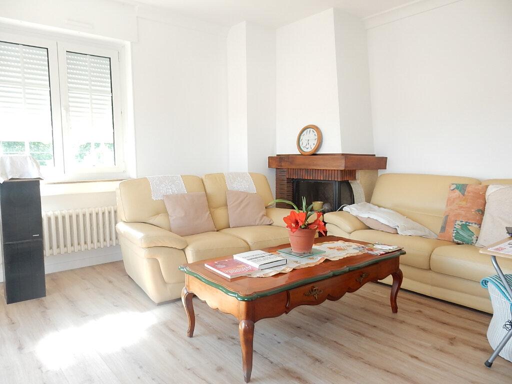 Appartement à louer 6 104m2 à Longeville-lès-Metz vignette-3