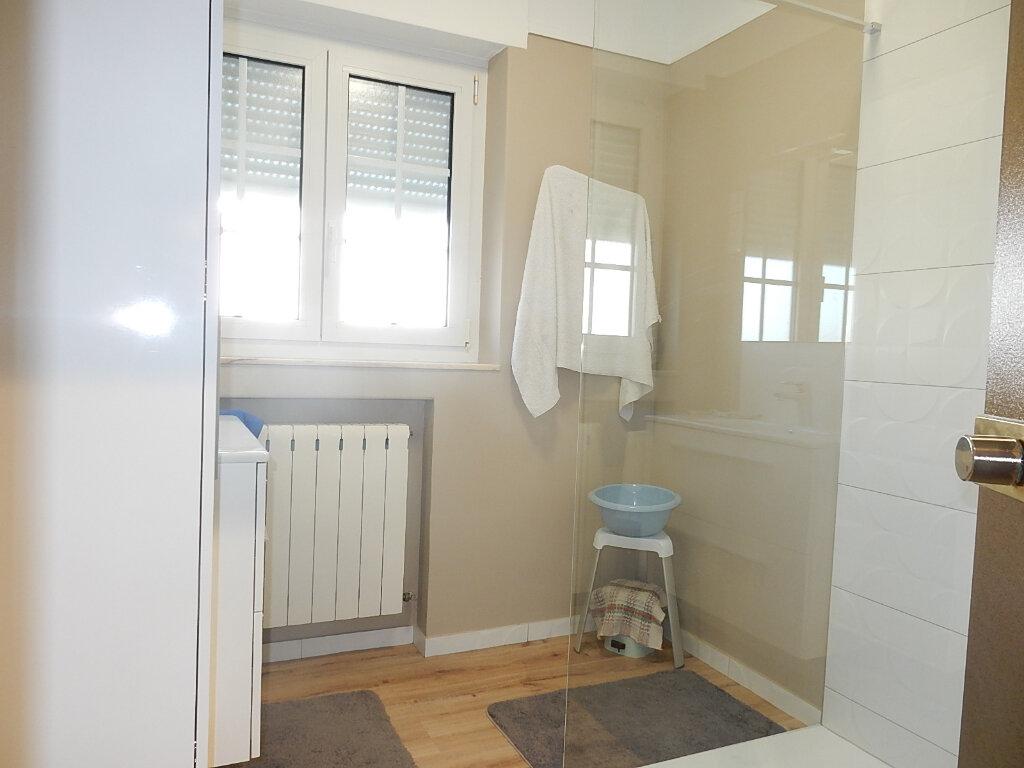 Appartement à louer 6 104m2 à Longeville-lès-Metz vignette-8