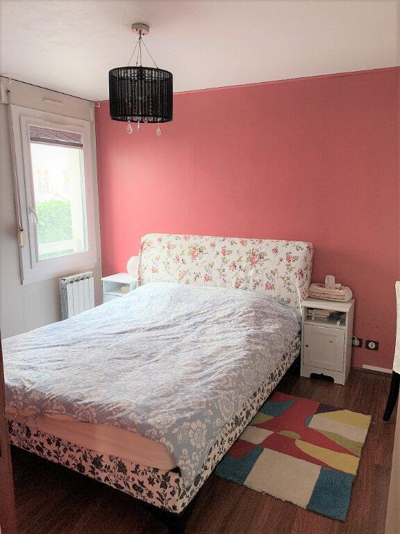 Appartement à vendre 4 100m2 à Lyon 8 vignette-7