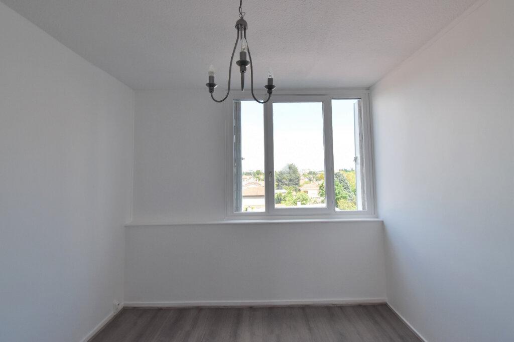 Appartement à louer 3 62m2 à Bron vignette-10