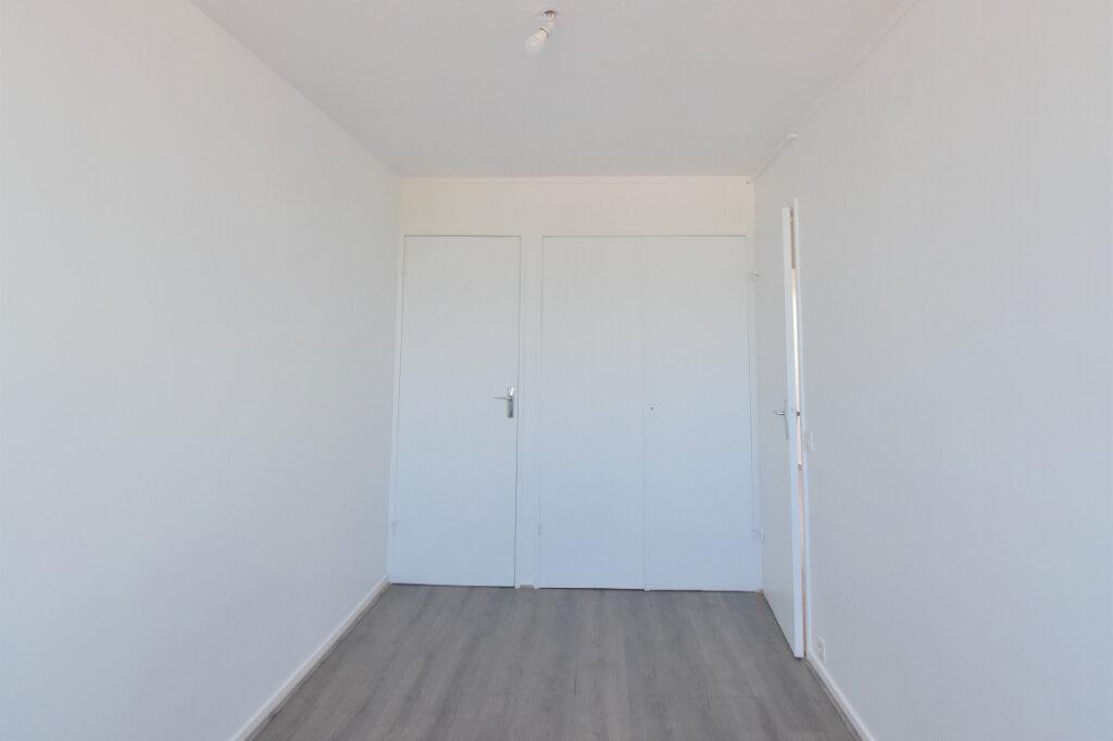 Appartement à louer 3 62m2 à Bron vignette-13